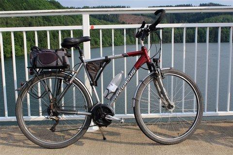 FahrradTalbrückeSondern.jpg