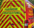 © Feuerwehr Dresden, Der Einsatzleitwagen steht an der Einsatzstelle.