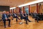 Die Herren Brockmann, Voßkuhle und Pistorius im Veranstaltungssaal