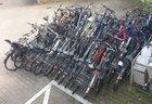 beschlagnahmte Fahrräder beim Polizeirevier Wedel