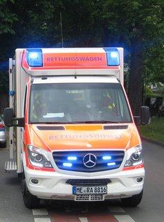 Rettungswagen2.jpg
