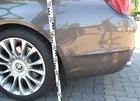 Unfallschaden am braunen BMW