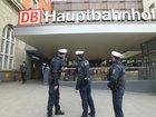 Mit einer Platzwunde und einer Gehirnerschütterung kam ein 28-Jähriger nach einer körperlichen Auseinandersetzung in ein Münchner Krankenhaus