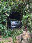 Der Audi wurde bei dem Alleinunfall so stark beschädigt, dass er nicht mehr fahrbereit war.