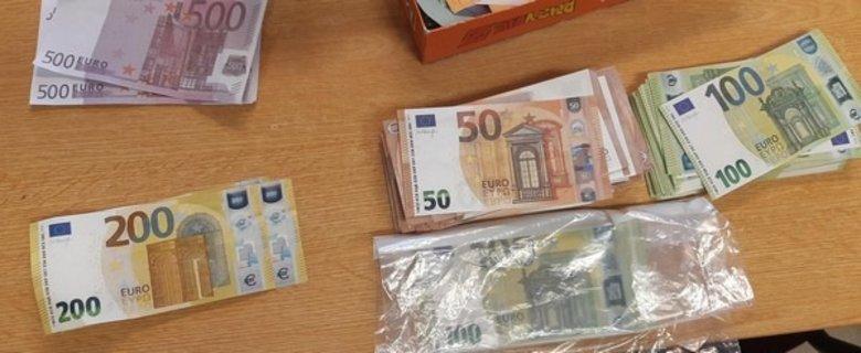BundespolizeiinspektionAachen-Beschlagnahmevonüber30.000EuroFalschgeld.jpg