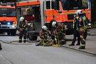 Die Feuerwehr setzte hydraulisches Rettungsgerät zur patientenorientierten Rettung einer verletzten Person ein