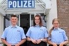 Die neuen Praktikanten*innen in Lennestadt. Bild: Polizei Olpe