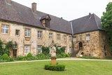 thumbnail - Teil der Klosteranlage Herzebrock mit Blick auf den Eingang des Heimatmuseums