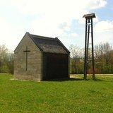 thumbnail - Die 2003 erbaute Barbarakapelle inmitten des Erholungszentrum Berghalde