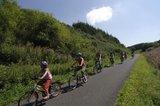 thumbnail - Mineralquellen-Route_Radfahrer in der Eifel