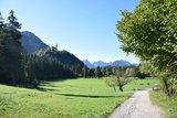 thumbnail - Wanderweg unterhalb des Reith-Lifts mit Blick auf Schloss Neuschwanstein