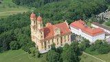 thumbnail - Luftbild von der Schönenbergkirche in Ellwangen