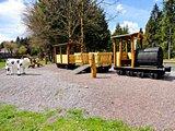 thumbnail - Spielplatz an der Laurabahn - Frauenwald