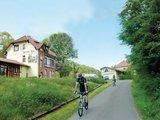 thumbnail - Radler beim ehemaligen Bahnhof Pferdsdorf