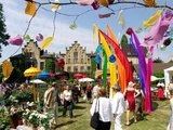 thumbnail - Die Ippenburger Gartenfestivals ziehen jährlich tausende Besucher an