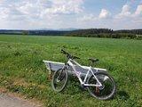 thumbnail - Radweg zwischen Hasselfelde und Trautenstein mit Blick auf den Brocken