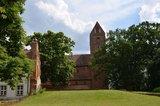 thumbnail - Kirche Schönhausen mit Teil Seitenflügeln