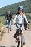 thumbnail - Familie auf dem Salm-Radweg