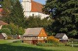 thumbnail - Umgebinde-Häuselpark an Deutschlands größter Dorfkirche in Cunewalde