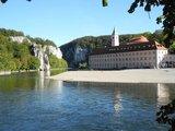 thumbnail - Blick zum Kloster Weltenburg und in den Donaudurchbruch