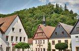 thumbnail - Auf dem historischen Marktplatz in Wirsberg