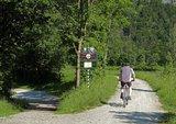 thumbnail - Abzweigung Kieferer See (nach links) von Innradweg (geradeaus) in Kiefersfelden