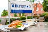 thumbnail - Café Wintering