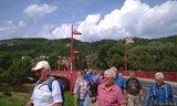 thumbnail - Wandergruppe auf der Werrabrücke in Treffurt
