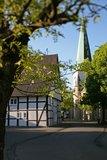 thumbnail - Café zur Linde und die Kirche St. Lambertus Langenberg