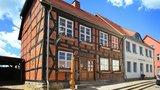 thumbnail - Im ältesten erhaltenen Fachwerkhaus von Tessin, dem Mühlenhaus, befindet sich das Heimatmuseum.