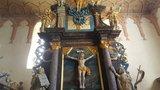 thumbnail - Im Inneren der Tribohmer Kirche befinden sich eine hochwerige Barockausstattung von 1745 sowie eine farbige Wandfassung von 1844.