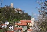 thumbnail - Blick auf Burg entlang des Festpiel-Radweges
