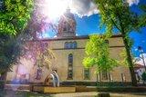 thumbnail - Lutherkirche mit Brunneninstallation - Tambach-Dietharz