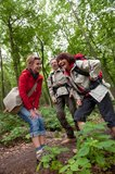 thumbnail - Wandergruppe im Wald