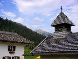 thumbnail - Die Esterbergalm mit Kapelle, im Hintergrund der Krottenkopf.