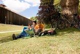 thumbnail - Ein schattiges Plätzchen für eine ausgedehnte Pause findet sich im Kurgarten von Bad Rothenfelde