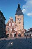 thumbnail - Das ehemalige Stadtor von Speyer, das Altpörtel.