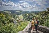 thumbnail - Burgruine Hohengundelfingen - Blick ins Lautertal