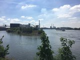 thumbnail - Blick auf den Südhafen Walsum und den Rhein
