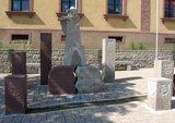 thumbnail - Pfeiferdenkmal in Helmstadt