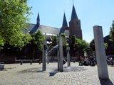 thumbnail - Stiftskirche und Narrenbrunnen in Kleve