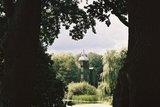 thumbnail - Blick über den Dorfteich auf das Gutshaus Wesselstorf