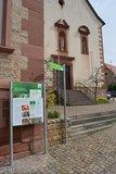 thumbnail - Startpunkt des Wanderweges an der Kirche in Distelhausen