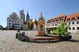 thumbnail - Rast auf dem Oschatzer Marktplatz