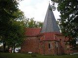 thumbnail - Der Grundriss der Kirche von Ludorf ist achteckig.