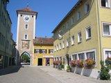 thumbnail - Mittertor Kelheim, eines von noch drei erhaltenen Stadttoren